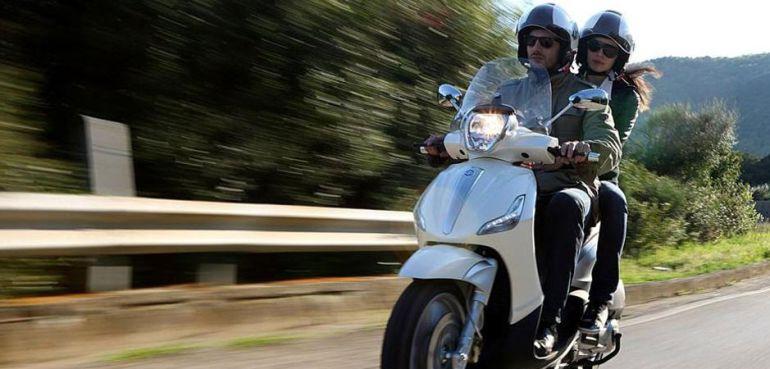 Los millennials cada vez eligen más viajar en motocicleta.