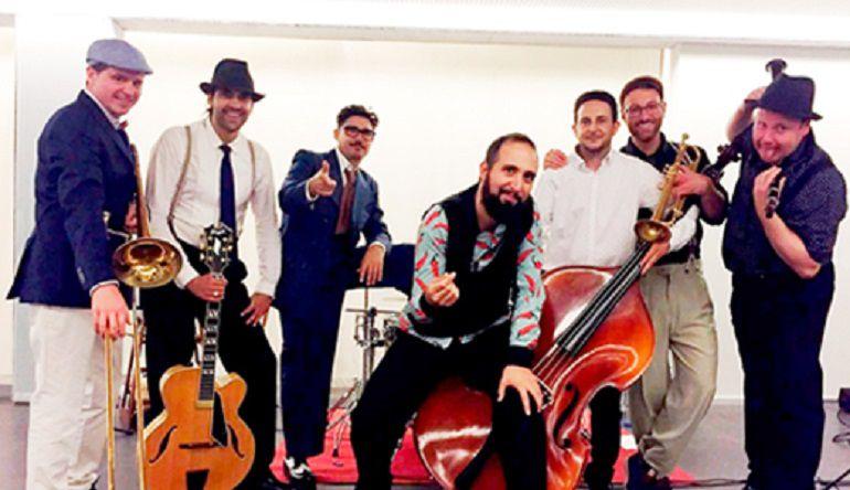 Jazz San Javier lleva el swing de Zoot Suiters a la playa Barnuevo de la Ribera