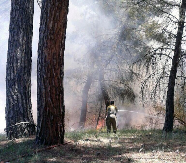 La Junta pide máxima precacución este martes ante el elevado riesgo de incendios dadas las condiciones meteorológicas que se prevén.