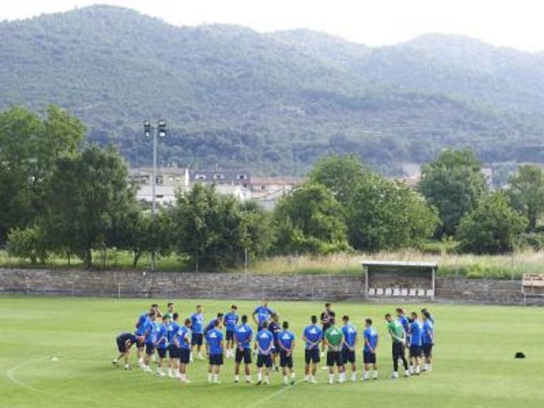 Los jugadores ya han pisado esta mañana el césped del campo de Villaboya