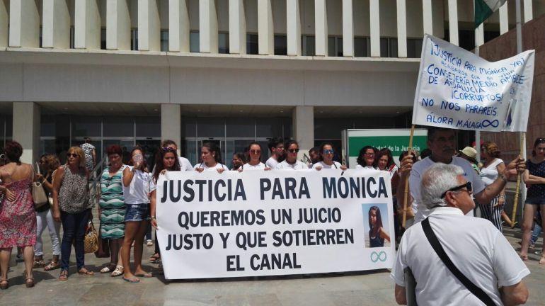 La familia de Mónica Gómez pide justicia