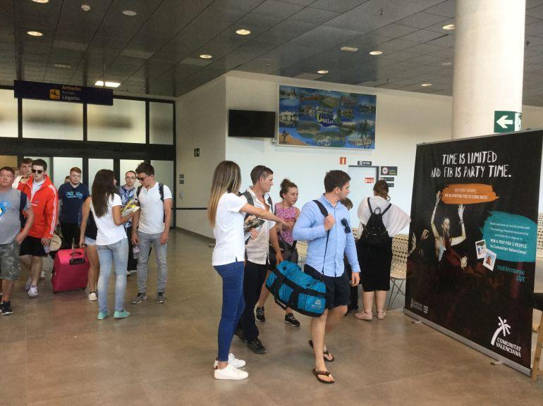 FIB 2017: La Diputación insta al aeropuerto a facilitar la llegada de turistas de festivales