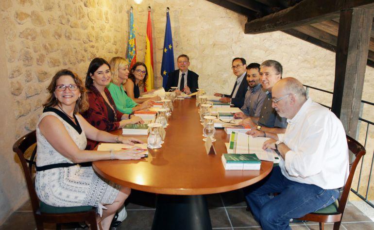 El Pleno del Consell reunido en Ademuz