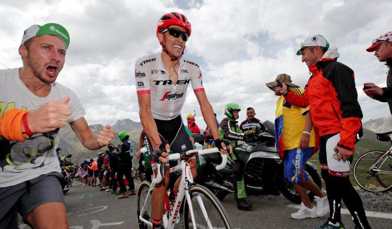 Alberto Contador durante la 17ª etapa entre La Mure y Serre-Chevalier, en la que recibió el premio a la combatividad