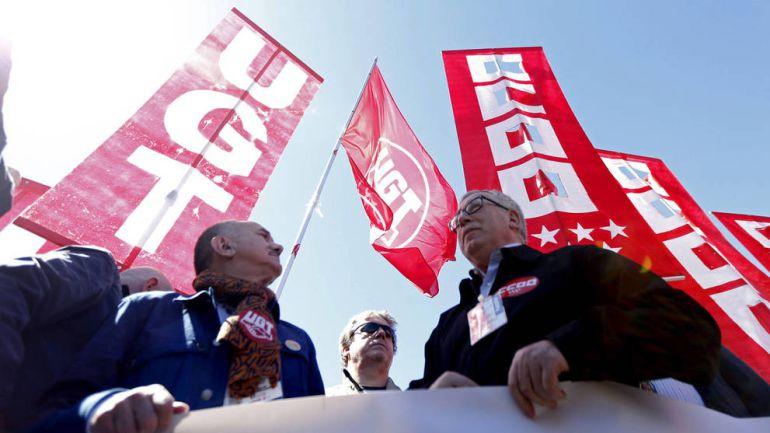 Protestas sindicales si el Gobierno no retira el recurso de las 35 horas: Protestas sindicales si el Gobierno no retira el recurso de las 35 horas
