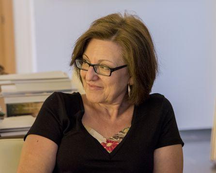 Amparo Sánchez, presidenta del club de lectura de Puente de Génave.