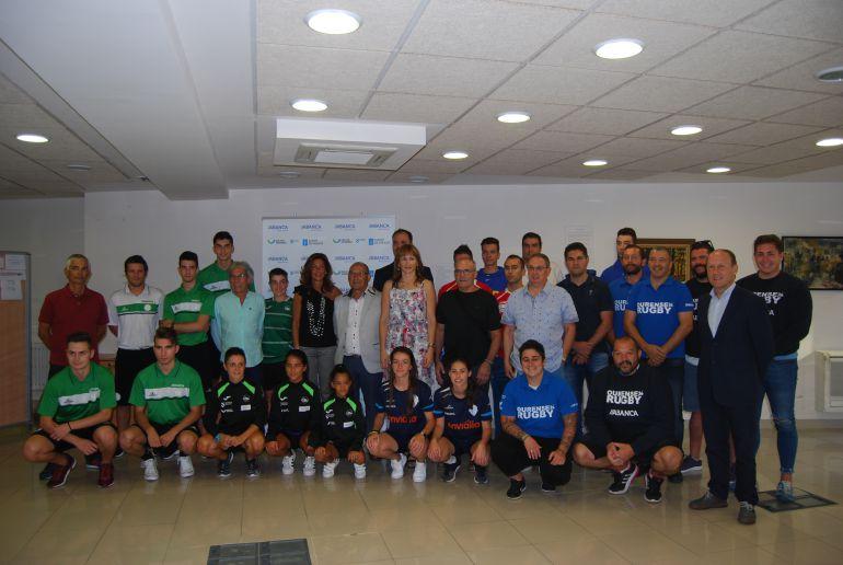 A secretaria xeral de deportes da Xunta de Galicia, Marta Miguez, con 6 clubs  ourensáns na asinatira dos convenios do patrocinio de equipos de alta competición
