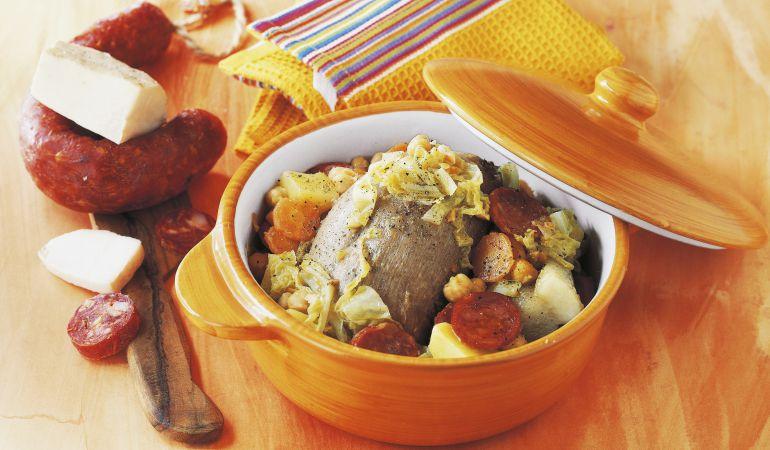 el cocido madrileo sigue siendo uno de los platos estrella de la gastronoma regional