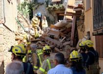 Rescatadas dos personas atrapadas tras el derrumbe de una casa en Girona