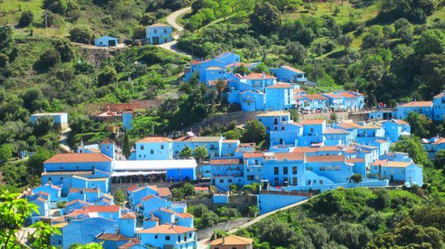 El pueblo pintado de azul en la provincia de Málaga