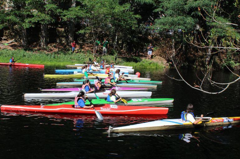 Éxito en las escuelas de verano de Piragüismo de Allariz y Avión, donde superarán los inscritos del año 2016
