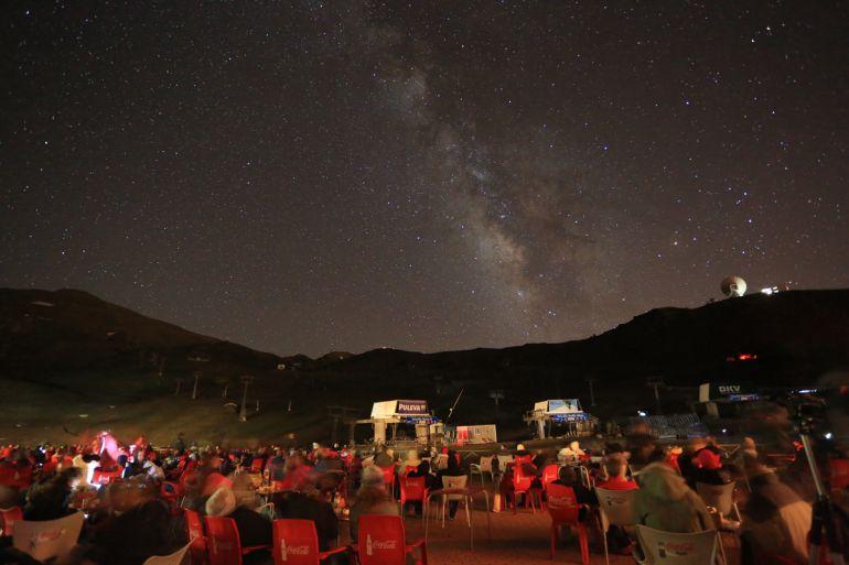 Observaciones astronómicas de verano en la estación de esquí y montaña de Sierra Nevada (Granada)