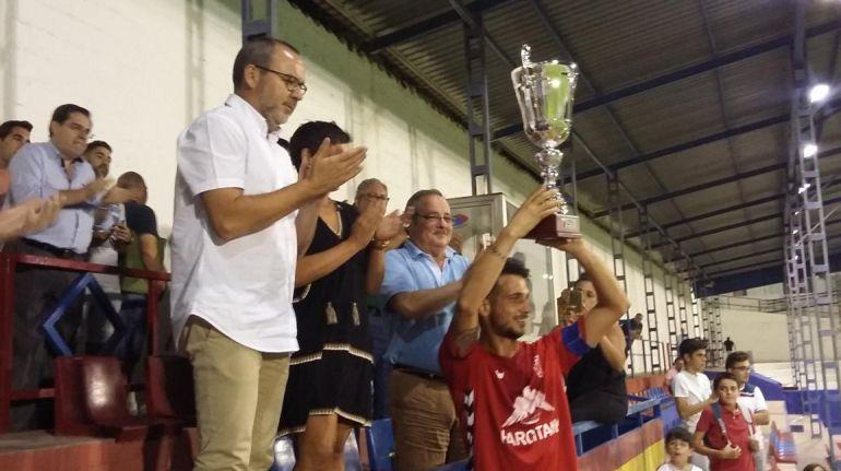 Un sensacional CP Villarrobledo se lleva el Memorial ´Tete´ con autoridad (3-0)