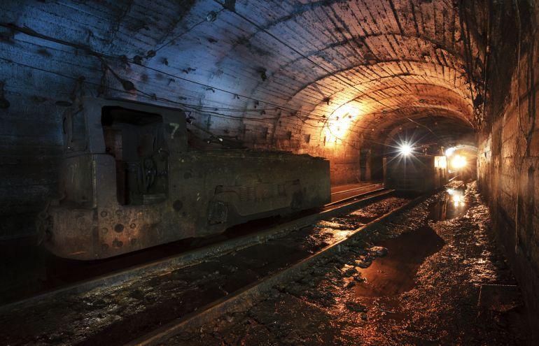 Interior de una mina de carbón