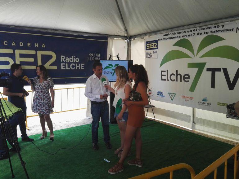 Entrevistas en Radio Elche Cadena SER y Elche TV en el Racó SER FESTER