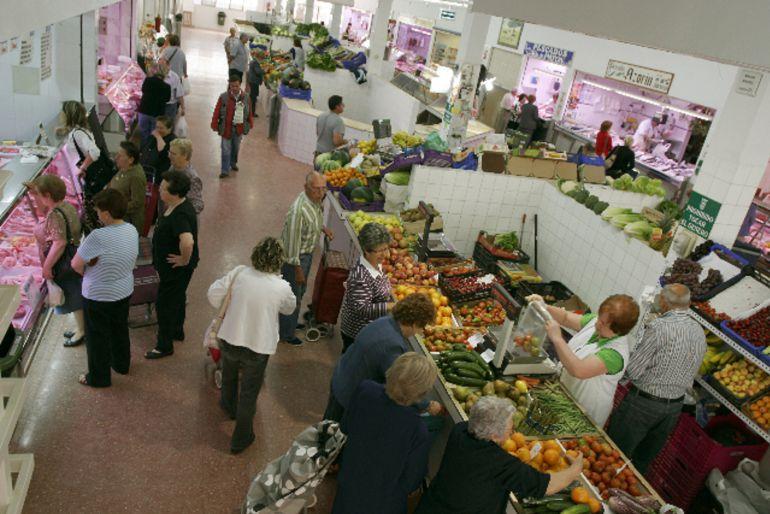 Una de las dependencias municipales es el mercado de abastos de Sax
