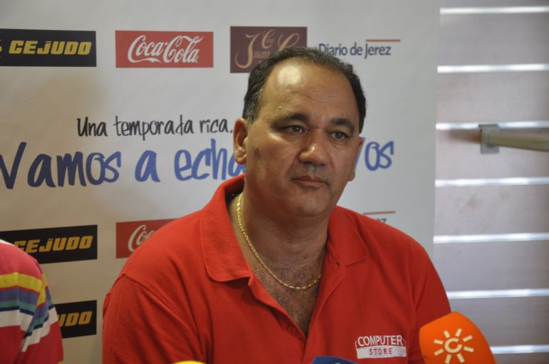 Vicente Vargas en una rueda de prensa