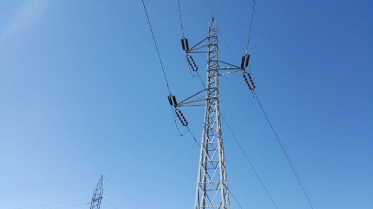 Iberdrola inicia esta semana el desmontaje de la línea de alta tensión de El Palmar