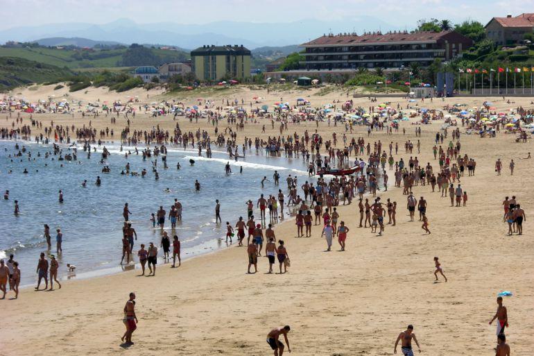 Playa de La Concha de Suances.