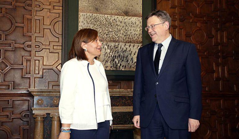 La presidenta del PP en la Comunitat Valenciana, Isabel Bonig, en la reunión con el president de la Generalitat, Ximo Puig