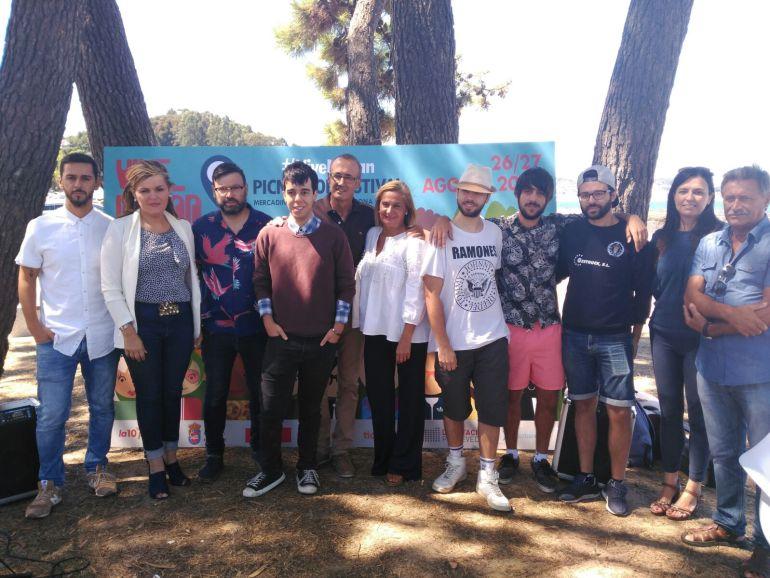 La presentación del Festival se llevó a cabo en el campo de fútbol de Lourido este jueves