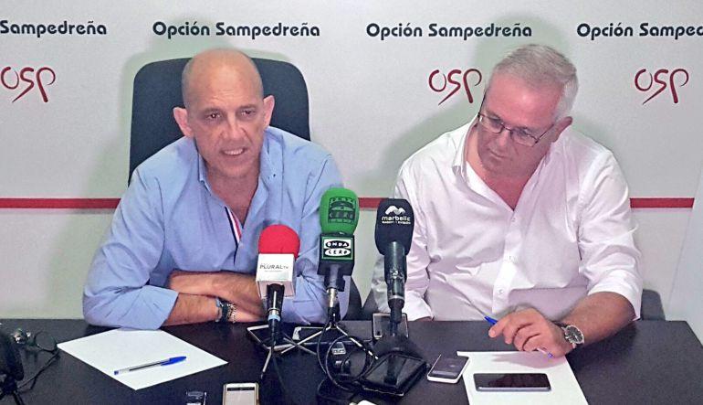 Manuel Osorio y Rafael Piña (OSP) durante la rueda de prensa este viernes en Marbella
