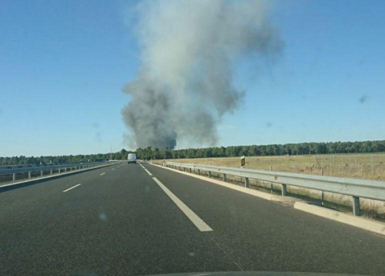 El incendio se inició entre Pinarejos y Navalmanzano