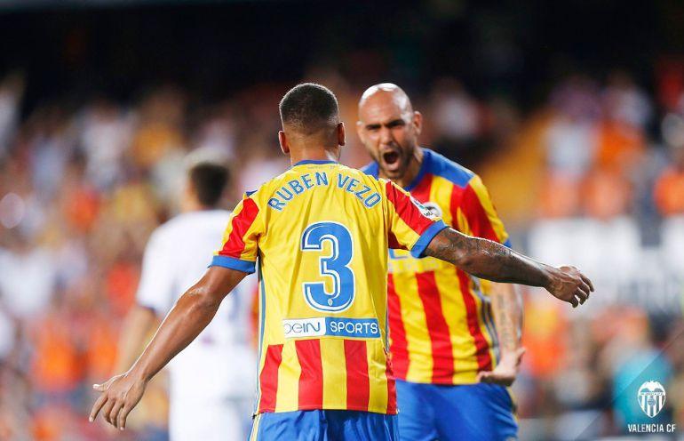 El Valencia necesita más de cuatro fichajes