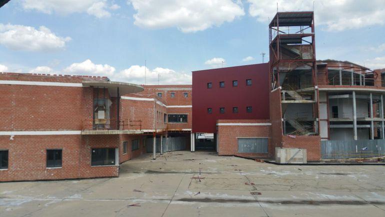 Estado actual del edificio que alberga el auditorío y el nuevo ayuntamiento