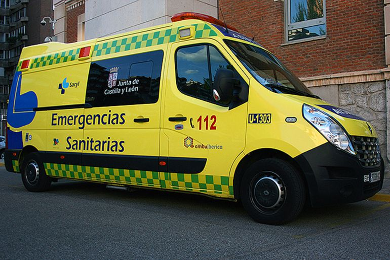 Herido un ciclista tras chocar con un turismo en Vecilla de Trasmonte