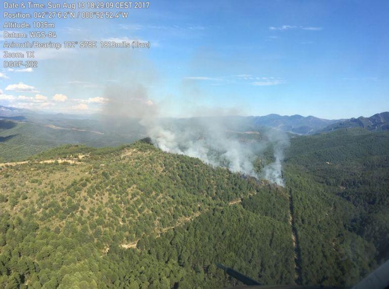 Vista del incendio desde una de las cámaras de vigilancia de un medio aéreo de extinción