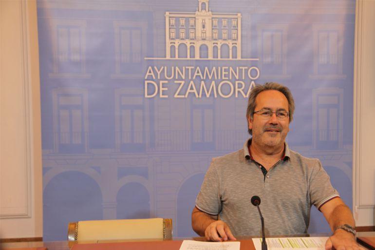 El alcalde de Zamora, Francisco Guarido, en la presentación del plan de actuación sobre al sequía
