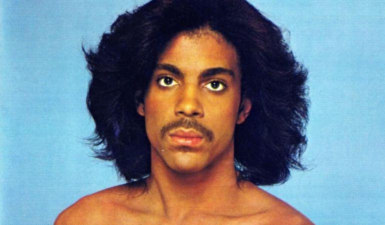 Prince fue todo un carácter musical y personal, no exento tanto de elegancia como de polémica