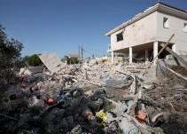 Al menos otro muerto bajo los escombros de la casa de Alcanar