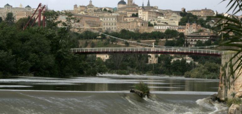 El río Tajo a su paso por el puente de Polvorines de Toledo