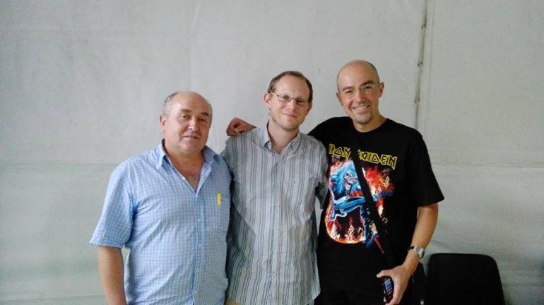 De izquierda a derecha, el escritor Javier Gómez, el también escritor Asier Aparicio y el ilustrador Félix Velasco