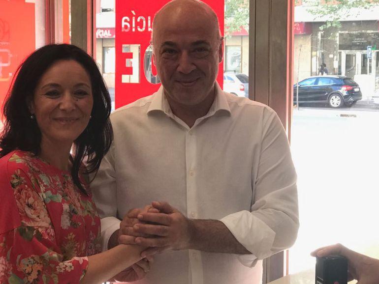 Rafi Crespín y Antonio Ruiz en la sede del PSOE