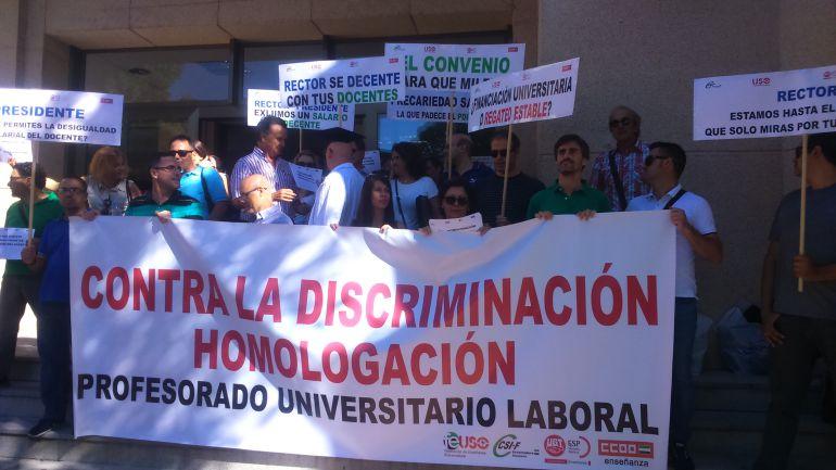 Docentes e investigadores denunciarán a la UEX