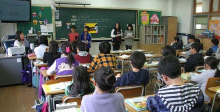Un 20 % de los docentes interinos de Castilla-La Mancha no van a cobrar los meses de verano
