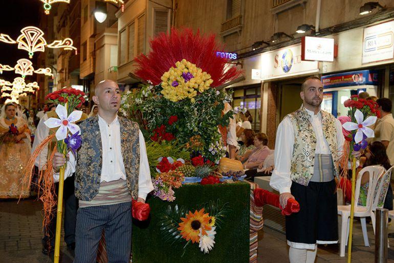 La Ofrenda de Flores marca esta jornada de sábado