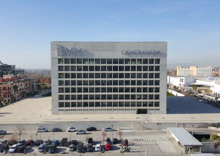 Sede de CajaGranada Fundación y BMN en Granada