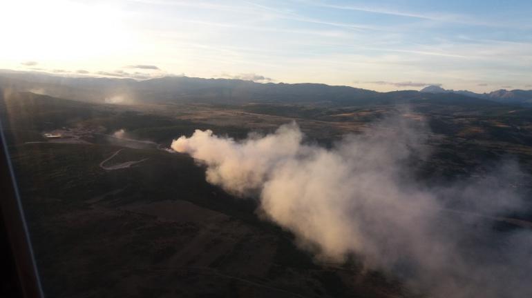 El viento evitó una tragedia mayor en el incendio de Santa María de Ordás