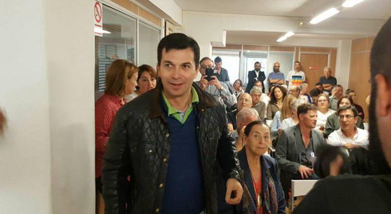 Gonzalo Caballero apunta que detrás de Villoslada podrían estar los barones del PSdeG