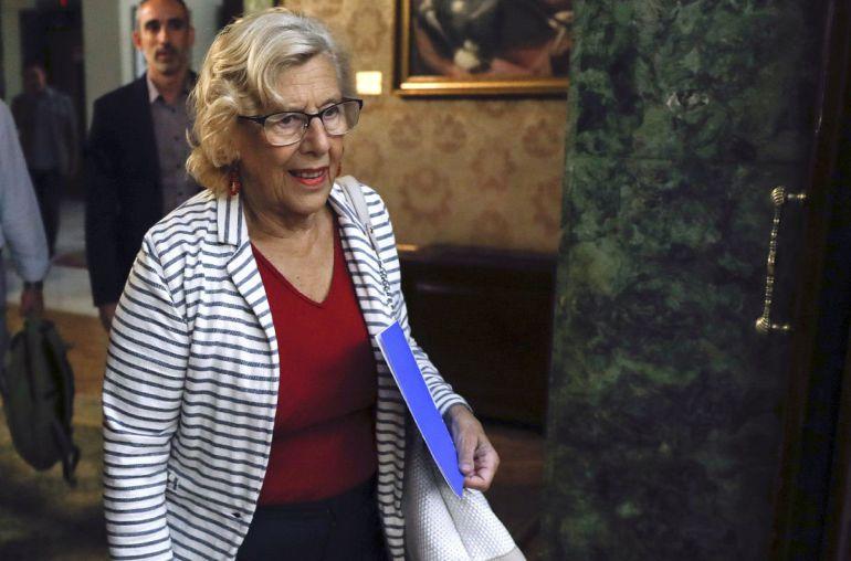 Manuela Carmena, a su llegada este martes a la reunión que mantuvo con Dancausa en la Delegación del Gobierno en Madrid