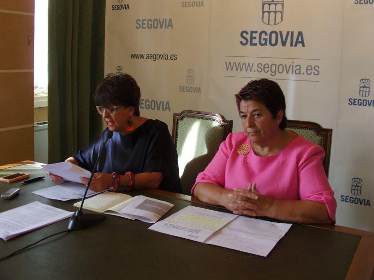 Claudia de Santos, concejala de Patrimonio y Turismo y Clara Luquero, alcaldesa de Segovia