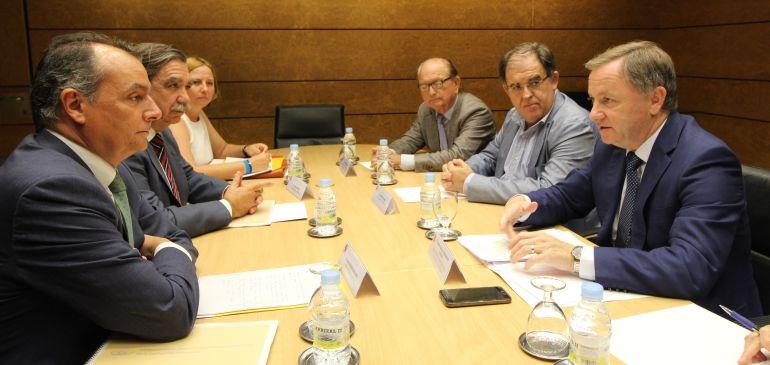El Pte. de la CEV, Salvador Navarro y el Delegado del Gobierno, Juan Carlos Moragues