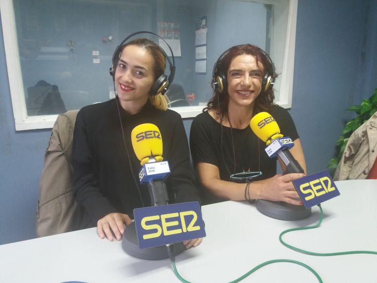 """Virginia González, profesora de baile  y Susana Frutos componente del grupo de categoría Premiun """"Black Label""""."""