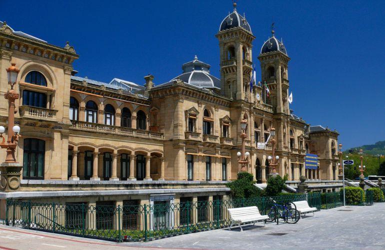 Imagen de la fachada del Ayuntamiento de San Sebastián.