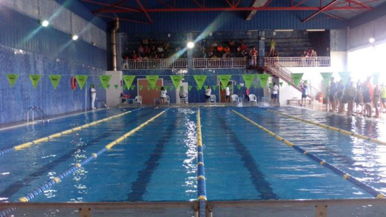 Adjudicado el derribo de la piscina de la ciudad deportiva for Piscina municipal avila