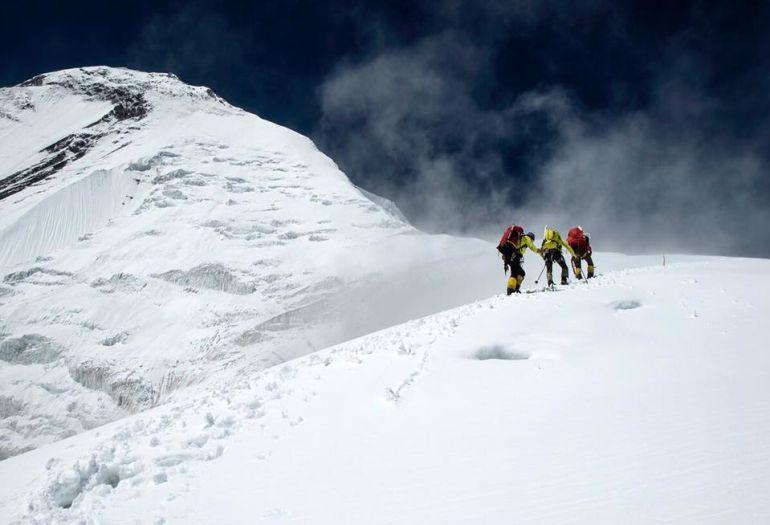 La cumbre del Dhaulagiri continúa siendo un terreno vedado para Carlos Soria